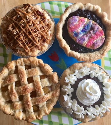 Mini Pies and Tiny Tarts